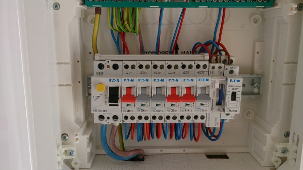 Raccordement lectrique et int gration m t c nord - Boite pour ranger les fils electriques ...